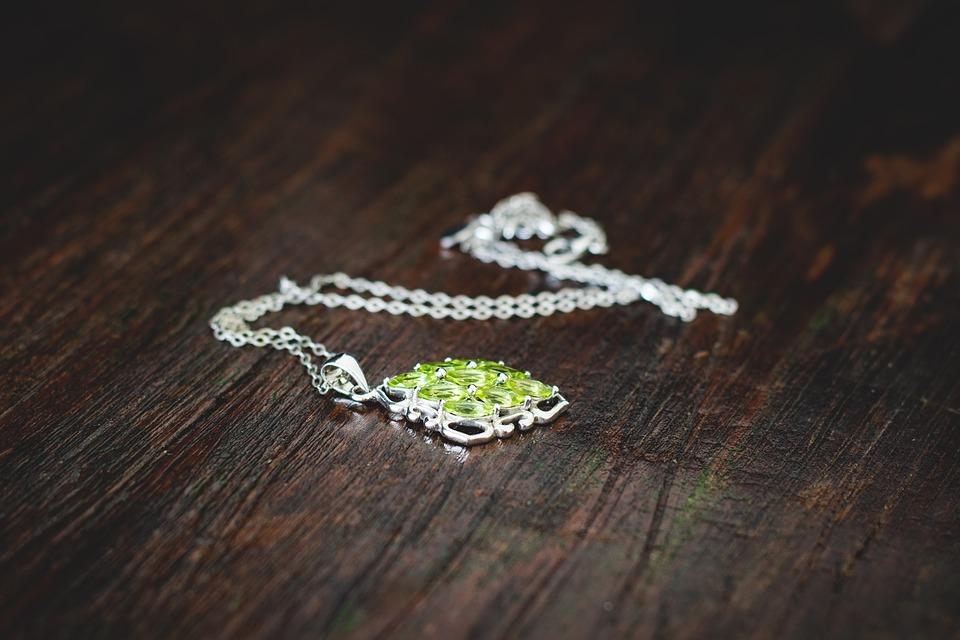 Osez les bijoux septum