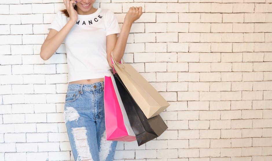 Vêtement femme : belle et tendance même à la maison